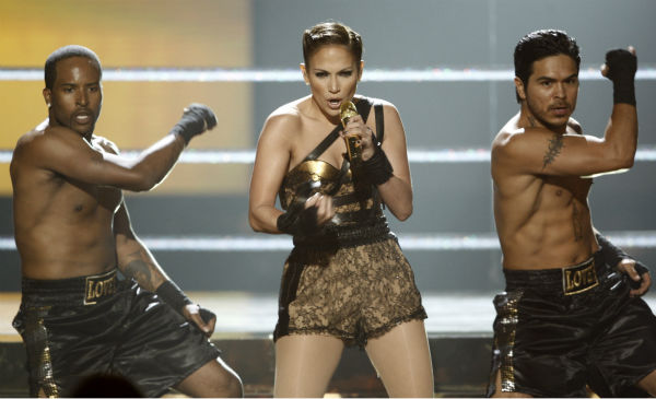 "<div class=""meta ""><span class=""caption-text "">Jennifer Lopez performs at the 37th annual American Music Awards in Los Angeles on Sunday, Nov. 22, 2009. (AP Photo / Matt Sayles)</span></div>"