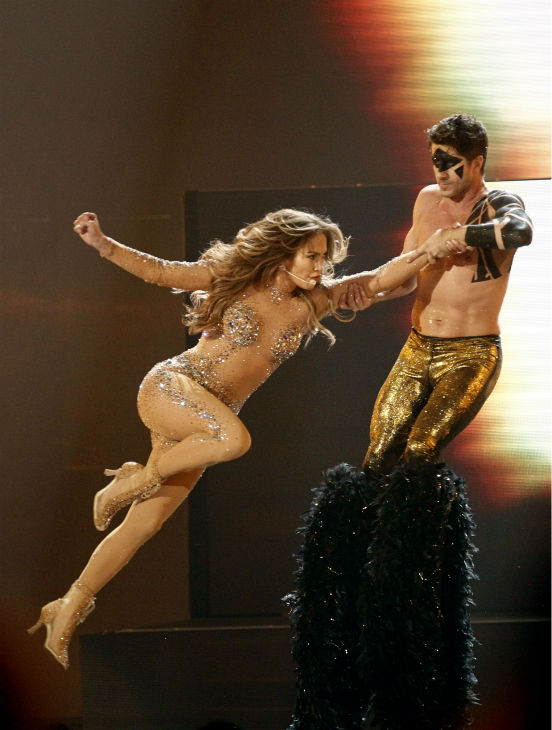 "<div class=""meta ""><span class=""caption-text "">Jennifer Lopez performs at the 39th Annual American Music Awards in Los Angeles on Sunday, Nov. 20, 2011. (AP Photo / Matt Sayles)</span></div>"