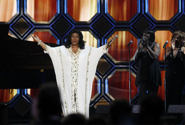 "<div class=""meta image-caption""><div class=""origin-logo origin-image ""><span></span></div><span class=""caption-text"">Aretha Franklin performs before being honored with the Music Icon Award during the TV Land Awards on April 14, 2012 in New York.  (AP Photo / Jason DeCrow)</span></div>"