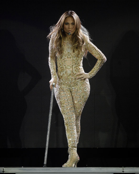 Jennifer Lopez performs at Muhammad Ali&#39;s Celebrity Fight Night XIX at the JW Marriott Desert Ridge Resort and Spa in Phoenix, Arizona on Saturday, March 23, 2013. <span class=meta>(AP Photo &#47; Rick Scuteri)</span>