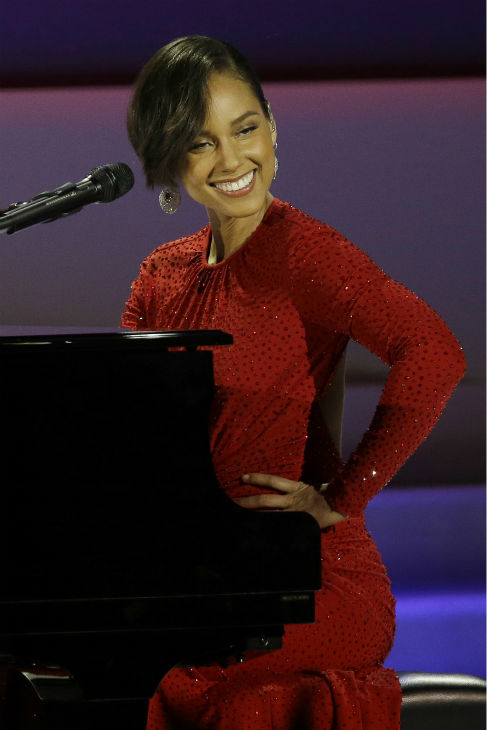 Alicia Keys performs during the Inaugural Ball at the Washington Convention Center during the 57th Presidential Inauguration in Washington on Jan. 21, 2013. <span class=meta>(AP Photo &#47; Paul Sancya)</span>