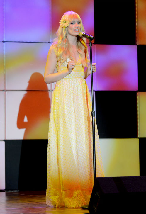 Beth Behrs &#40;&#39;2 Broke Girls&#39;&#41; performs at the 21st annual &#39;A Night at Sardi&#39;s&#39; benefit for the Alzheimer&#39;s Association at the Beverly Hilton Hotel on March 20, 2013. <span class=meta>(Jordan Strauss &#47; Invision for Alzheimer&#39;s Association &#47; AP Images)</span>