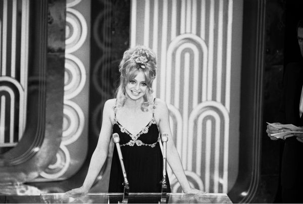 Goldie Hawn announces that George C. Scott had won the Academy Award for best actor for his role in &#39;Patton&#39; at a ceremony at the Los Angeles Music Center in Hollywood, Los Angeles on April 15, 1971. Scott, who scorned the Academy Awards as contrived and degrading, said he would send the Oscar back if it was sent to him. The Academy said the statuette will be held for him if he wants it. <span class=meta>(AP Photo)</span>
