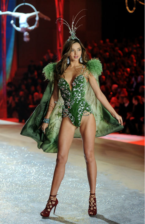 Model Miranda Kerr walks the runway during the Victoria&#39;s Secret Fashion Show on Wednesday, Nov. 7, 2012 in New York. <span class=meta>(AP Photo &#47; Evan Agostini)</span>