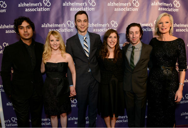 From left, actors Kunal Nayyar, Melissa Rauch, Jim Parsons, Mayim Bialik, Simon Helberg, from the cast of 'The Big Bang Theory,' and Alzheimer's Associatin's Laurie Grad arrive