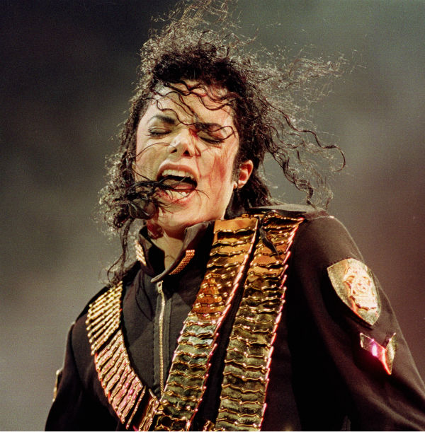 "<div class=""meta ""><span class=""caption-text "">Michael Jackson performs at National Stadium, Singapore on Sunday, August 29, 1993 during his Dangerous tour. (AP Photo / C.F. Tham)</span></div>"