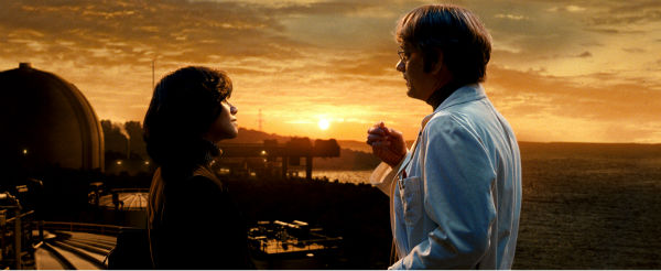 "<div class=""meta ""><span class=""caption-text "">Halle Berry appears as Luisa Rey and Tom Hanks appears as Isaac Sachs and Hugh Grant as Lloyd Hooks in a scene from the 2012 movie 'Cloud Atlas.' (Reiner Bajo / Warner Bros. Pictures)</span></div>"
