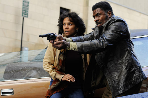 Halle Berry appears as Luisa Rey and David Keith...