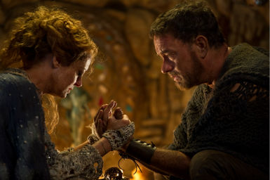 Susan Sarandon appears as Abbess and Tom Hanks appears as Zachry in a scene from the 2012 movie &#39;Cloud Atlas.&#39; <span class=meta>(Jay Maidment &#47; Warner Bros. Pictures)</span>