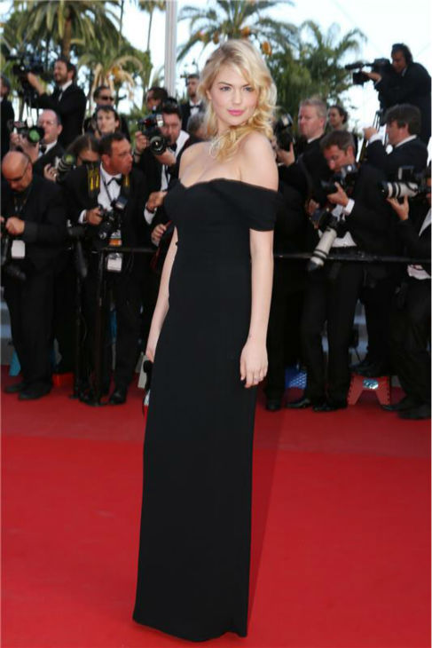 Kate Upton walks the red carpet at the premiere of &#39;On The Road&#39; at the 65th annual Cannes Film Festival in Cannes, France on May 23, 2012. <span class=meta>(Hahn-Marechal-Nebinger &#47; Startraksphoto.com)</span>