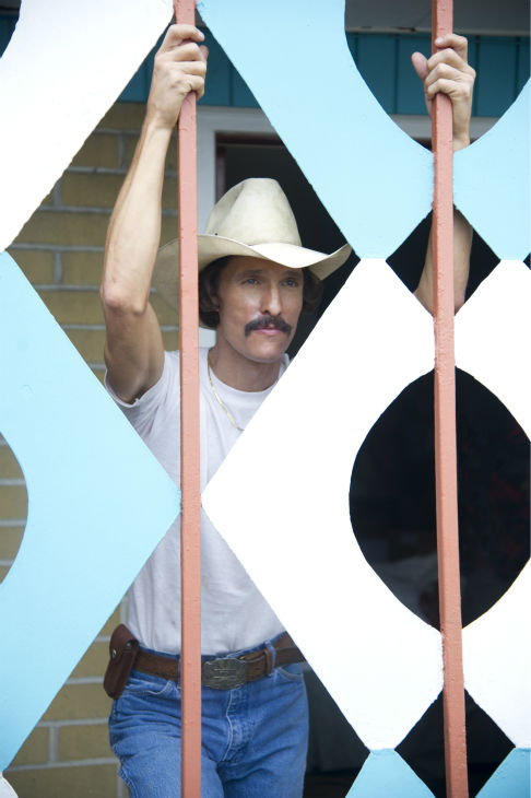 Matthew McConaughey stars as AIDS patient Ron Woodroof in Jean-Marc Vallee&#39;s 2013 fact-based drama film, &#39;Dallas Buyers Club,&#39; a Focus Features release. <span class=meta>(Anne Marie Fox &#47; Focus Features)</span>