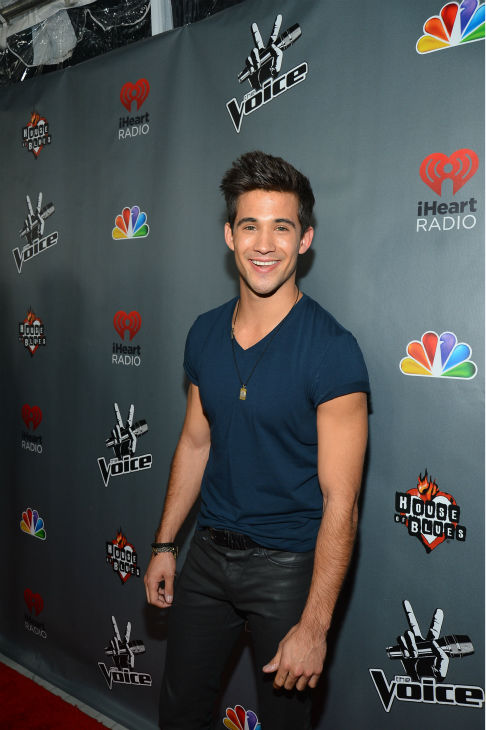 "<div class=""meta ""><span class=""caption-text "">'The Voice' contestant Dez Duron ('Team Christina') walks the red carpet before the NBC show's special concert to celebrate the announcement of the top 12, held at the House of Blues in Los Angeles on Nov. 8, 2012. (Frazer Harrison / NBC)</span></div>"