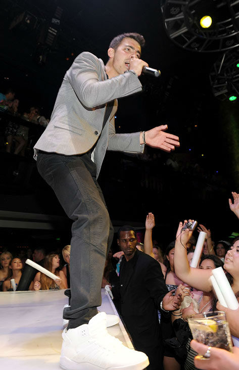 "<div class=""meta ""><span class=""caption-text "">Joe Jonas performs his solo debut album 'FastLife' at HAZE Nightclub at ARIA in CityCenter on August 13, 2011 in Las Vegas, Nevada.  (Denise Truscello/WireImage)</span></div>"