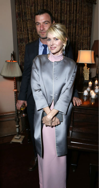 Golden Globe nominee Naomi Watts &#40;center&#41; and husband Liev Schreiber attend a Showtime dinner celebrating the cable channel&#39;s 2013 Golden Globe Nominees on Jan. 12, 2013 at Chateau Marmont in West Hollywood, California. <span class=meta>(Alexandra Wyman &#47; Showtime)</span>