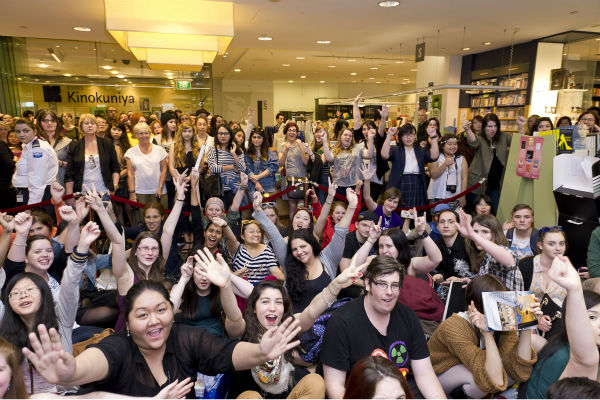 Fans watch Tom Hiddleston at a &#39;Thor: The Dark World&#39; fan event in Sydney, Australia on Oct. 9, 2013. He reprises his role as Loki in the Marvel film. <span class=meta>(Esteban La Tessa - La Tessa Photography)</span>