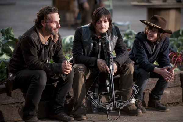 "<div class=""meta image-caption""><div class=""origin-logo origin-image ""><span></span></div><span class=""caption-text"">Andrew Lincoln (Rick Grimes), Norman Reedus (Daryl Dixon) and Chandler Riggs (Carl Grimes) appear on the set of AMC's 'The Walking Dead' season 4 finale, which aired on March 30, 2014. (Gene Page / AMC)</span></div>"