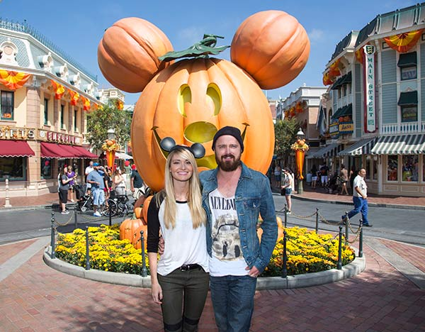 "<div class=""meta ""><span class=""caption-text "">'Breaking Bad' star Aaron Paul and his wife Lauren Parsekian celebrate 'Halloween Time' at Disneyland in Anaheim, California on Tuesday, Sept. 17, 2013. The 'Halloween Time' celebration at the Disneyland Resort, which features special attractions and entertainment, continues through Oct. 31, 2013. (Paul Hiffmeyer / Disneyland)</span></div>"