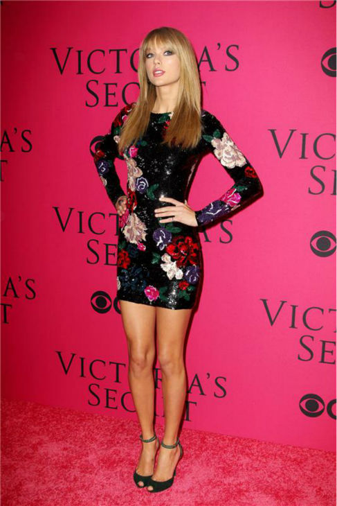Taylor Swift arrives at the 2013 Victoria's Secret Fashion Show at the Lexington Armory in New York on Nov. 13, 2013.