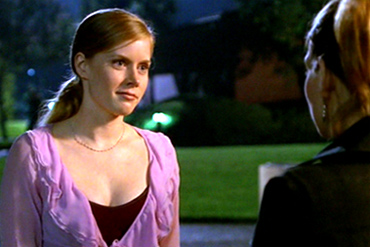 "<div class=""meta ""><span class=""caption-text "">Amy Adams appears as Tara's cousin Beth in an episode of 'Buffy The Vampire Slayer' in 2000. (Mutant Enemy / Warner Bros. Television)</span></div>"