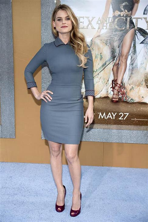 Alice Eve wears a L&#39;Wren Scott dress and shoes at the premiere of &#39;Sex and the City 2&#39; in New York on May 24, 2010. <span class=meta>(Debra Rothenberg &#47; Startraksphoto.com)</span>