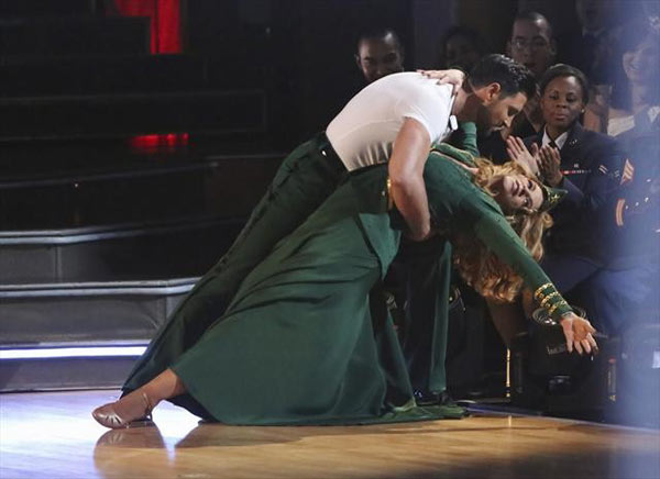 Actress Kirstie Alley and her partner Maksim Chmerkovskiy received 27 out of 30 points from the judges for their Viennese Waltz on 