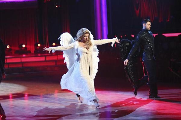 Actress Kirstie Alley and her dance partners Maksim Chmerkovskiy and Tristan MacManus received 28 out of 30 points from the judges  for their Paso Doble on &#39;Dancing With The Stars: All-Stars,&#39; which aired on November 12, 2012. <span class=meta>(ABC &#47; OTRC)</span>