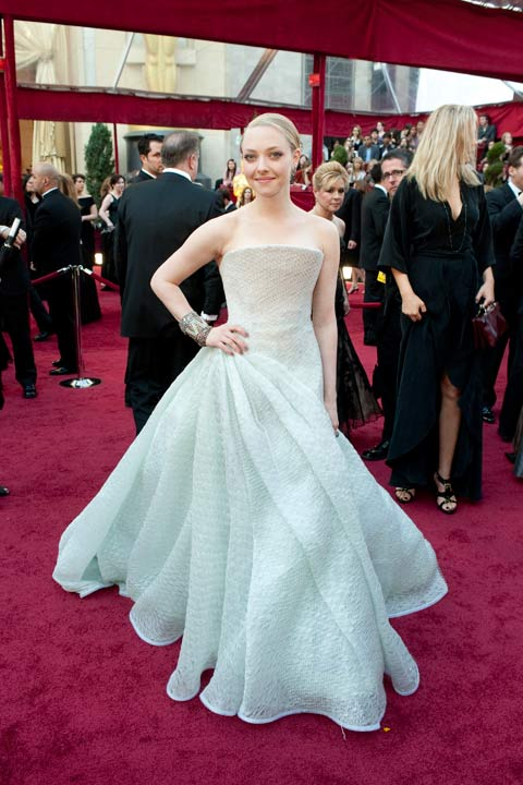 "<div class=""meta ""><span class=""caption-text "">Academy Award presenter Amanda Seyfried arrives at the 82nd Annual Academy Awards at the Kodak Theatre in Hollywood, Calif. on Sunday, March 7, 2010. The actress donned a futuristic and elegant Armani Prive gown which she paired with a chunky clutch and a sleek up-do.  The 2013 Oscar ceremony is scheduled to air February 24 on ABC.  (Richard Harbaugh / A.M.P.A.S.)</span></div>"