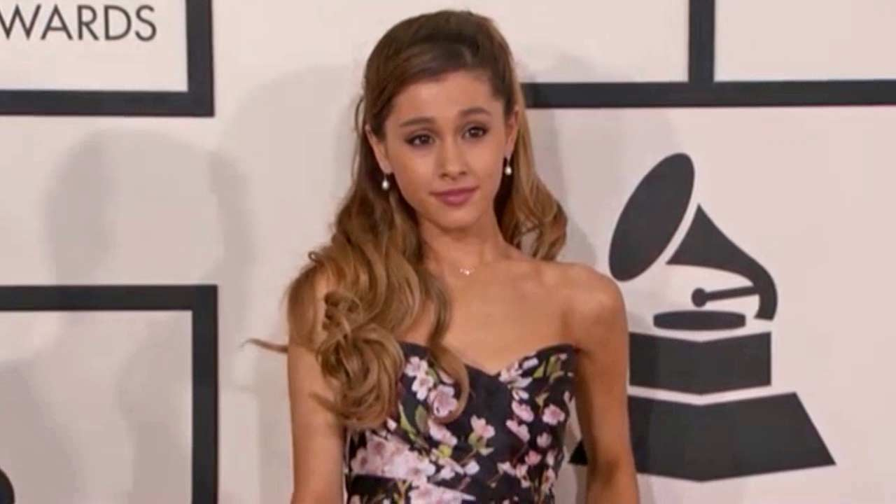 "<div class=""meta ""><span class=""caption-text "">Ariana Grande appears at the 2013 MTV Video Music Awards in Brooklyn, New York on Aug. 25, 2013. (Humberto Carreno / startraksphoto.com)</span></div>"