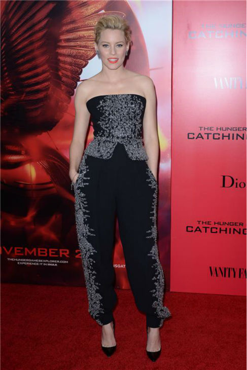 &#39;The Hunger Games: Catching Fire&#39; actress Elizabeth Banks &#40;Effie Trinket&#41; attends the premiere of the movie in New York on Nov. 20, 2013. <span class=meta>(Humberto Carreno &#47; Startraksphoto.com)</span>