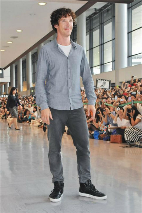 "<div class=""meta image-caption""><div class=""origin-logo origin-image ""><span></span></div><span class=""caption-text"">Benedict Cumberbatch appears at Narita International Airport in Chiba, in the Tokyo area of Japan on July 15, 2013. (Aflo / Startraksphoto.com)</span></div>"