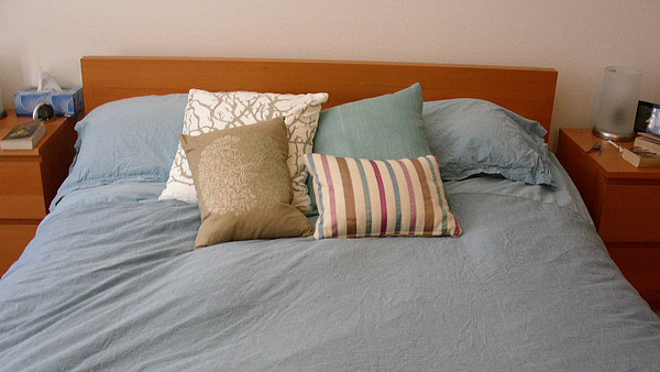 A photo of a bed.