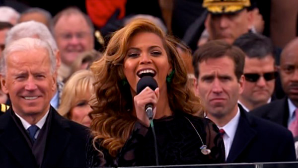"<div class=""meta ""><span class=""caption-text "">Beyonce performs the national anthem after President Barack Obama's ceremonial swearing-in ceremony during the 57th Presidential Inauguration. (ABC News)</span></div>"