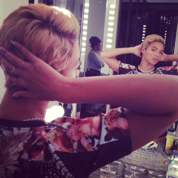 Beyonce debuts a new pixie cut on her Instagram page on Aug. 7, 2013. <span class=meta>(instagram.com&#47;p&#47;cvRLljvwz7&#47; instagram.com&#47;beyonce)</span>