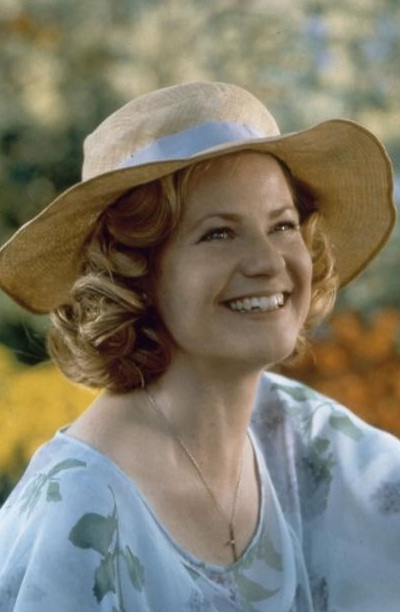 Bonnie Hunt appears in a scene from the 1999 movie 'The Green Mile.'