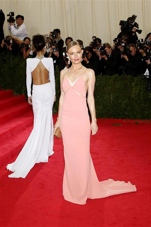 "<div class=""meta image-caption""><div class=""origin-logo origin-image ""><span></span></div><span class=""caption-text"">Kate Bosworth appears at the Metropolitan Museum of Art's 2014 Costume Institute Benefit gala, celebrating 'Charles James: Beyond Fashion,' in New York on May 5, 2014. She is wearing a gown by Stella McCartney. (Marion Curtis  / Startraksphoto.com)</span></div>"