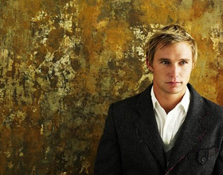 Brian Geraghty turns 38 on May 13, 2012. The actor is known for films such as &#39;The Hurt Locker,&#39; &#39;Jarhead,&#39; &#39;Bobby&#39; and &#39;When a Stranger Calls.&#39;  <span class=meta>(Imdb.com&#47;name&#47;nm1310016&#47;)</span>