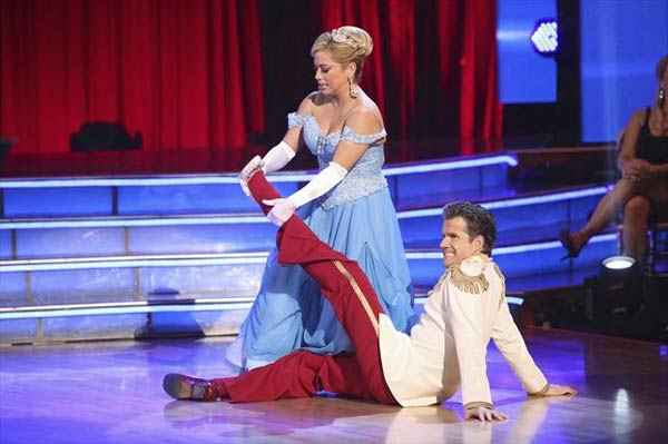 "<div class=""meta ""><span class=""caption-text "">Disney Channel actress Sabrina Bryan and her partner Louis Van Amstel received 29 out of 30 points from the judges for their Waltz on 'Dancing With The Stars: All-Stars,' which aired on October 23, 2012. (ABC Photo)</span></div>"