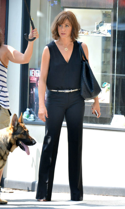 Jennifer Aniston wears a wig on the New York City set of the 2014 movie &#39;Squirrels To The Nuts&#39; and films a scene with a dog on July 17, 2013. <span class=meta>(Javier Mateo &#47; startraksphoto.com)</span>