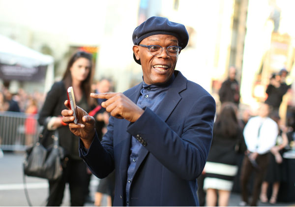 Samuel L. Jackson points at an iPhone at the premiere of Marvel&#39;s &#39;Captain America: The Winter Soldier&#39; at the El Capitan Theatre in Hollywood, California on March 13, 2014. <span class=meta>(Christopher Polk &#47; Getty Images for Disney)</span>