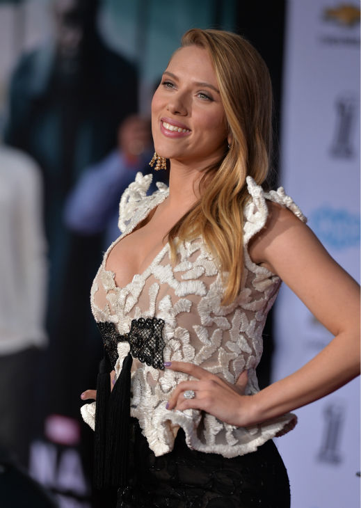 "<div class=""meta ""><span class=""caption-text "">Scarlett Johansson (who is reportedly pregnant) appears at the premiere of Marvel's 'Captain America: The Winter Soldier' at the El Capitan Theatre in Hollywood, California on March 13, 2014. (Alberto E. Rodriguez / Getty Images for Disney)</span></div>"