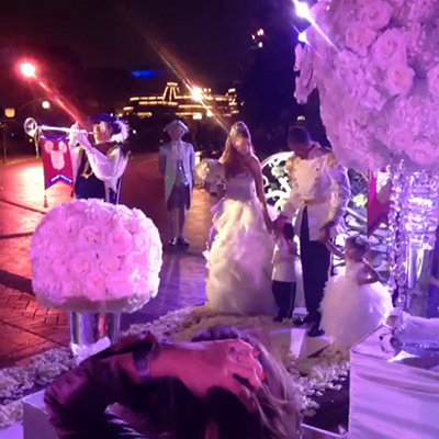 "<div class=""meta image-caption""><div class=""origin-logo origin-image ""><span></span></div><span class=""caption-text"">Mariah Carey makes a grand entrance to their wedding vow renewal ceremony at Disneyland on April 30, 2013, as seen in a Vine video she posted. Accompanied by Monroe and twin son Moroccan, Carey and Nick Cannon renewed their vows that day to celebrate their fifth anniversary. They also celebrated the children's second birthday.  Carey and Monroe arrived via a horse-drawn pumpkin carriage from 'Cinderella' and was greeted upon arrival to Disneyland's Main Street by her family and dozens of guests and participants, including trumpet players and footmen. (vine.co/v/bQuZxh1eaWh)</span></div>"
