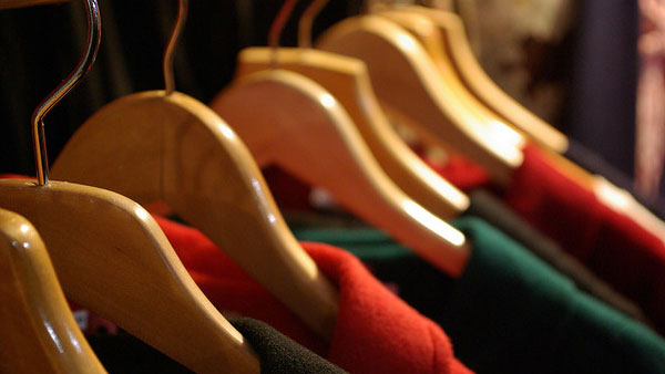 "<div class=""meta ""><span class=""caption-text "">Clooney lived in a friend's walk-in closet for a few months during his first year in Hollywood.Pictured: A photo of clothes hangers. (flickr.com/photos/jonux/with/2206234896/)</span></div>"