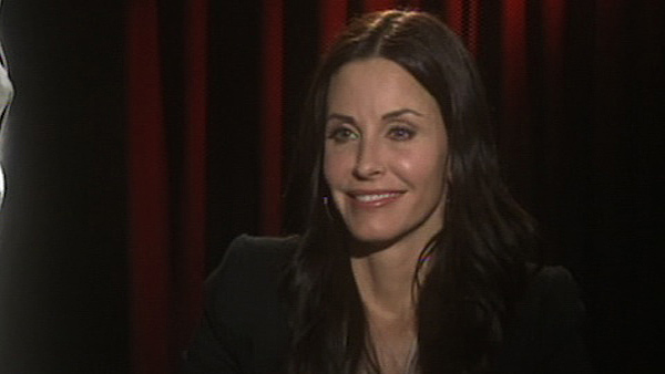 Courteney Cox talks to OnTheRedCarpet.com in...