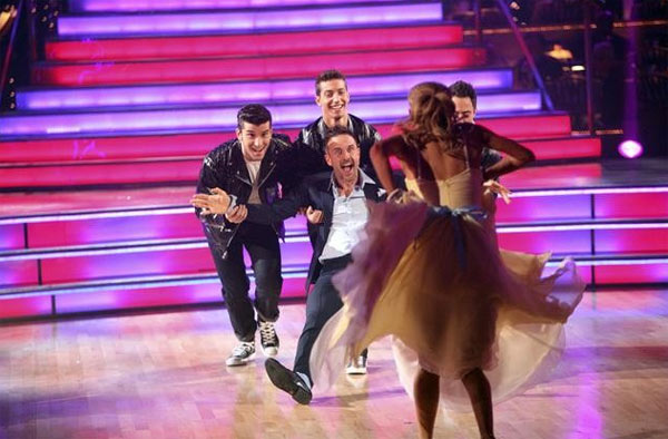 David Arquette returned to the ballroom for a final performance on &#39;Dancing With The Stars: The Results Show,&#39; on Tuesday, November 22, 2011. He appears here with show partner Kym Johnson as well as dancers Kiki Nyemcheck, Sasha Farber, Ted Volynets and Sharna Burgess. <span class=meta>(OTRC Photo)</span>