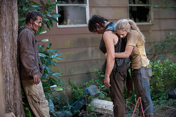 "<div class=""meta image-caption""><div class=""origin-logo origin-image ""><span></span></div><span class=""caption-text"">Norman Reedus (Daryl Dixon), Emily Kinney (Beth Greene) and a man dressed as a Walker appear on the set of AMC's 'The Walking Dead' episode 12, 'Still,' which aired on March 2, 2014. (Gene Page / AMC)</span></div>"