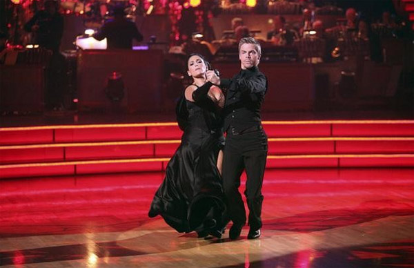 "<div class=""meta image-caption""><div class=""origin-logo origin-image ""><span></span></div><span class=""caption-text"">Talk show host and actress Ricki Lake and her partner Derek Hough received a 30 for their favorite dance, a Tango from week 4 on 'Dancing With The Stars: The Results Show' on Tuesday, November 22. (ABC / Adam Taylor)</span></div>"