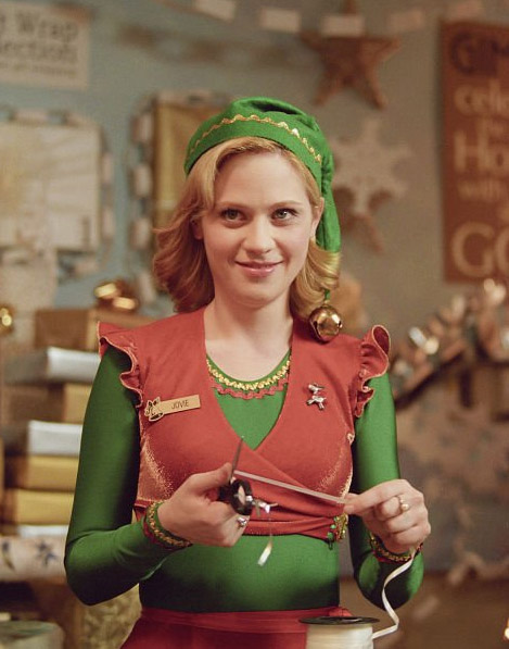 Zooey Deschanel appears in a scene from the 2003 film &#39;Elf.&#39;Deschanel appears alongside Will Ferell in the film and portrays Jovie, an elf. <span class=meta>(New Line Cinema &#47; Guy Walks into a Bar Productions &#47; Gold&#47;Miller Productions)</span>