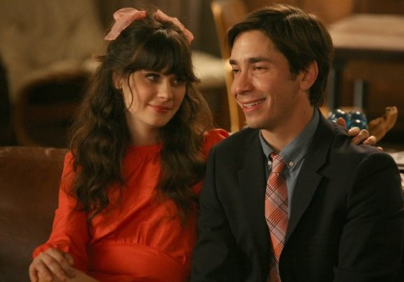 "<div class=""meta ""><span class=""caption-text "">Zooey Deschanel appears in a scene alongside actor Justin Long from her 2011 comedy show 'New Girl.'Deschanel appears in the show as the title character, Jess, and after a rocky break-up with her on-screen boyfriend moves in with three male roommates. (American Nitwits / Chernin Entertainment / 20th Century Fox Television)</span></div>"