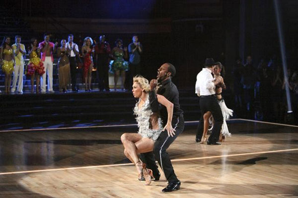 "<div class=""meta ""><span class=""caption-text "">Jaleel White and his partner Kym Johnson and  Gavin DeGraw and his partner Karina Smirnoff faced off in the dance duel to the Cha-Cha on 'Dancing With The Stars: The Results Show' on Tuesday, April 17, 2012.  (ABC Photo)</span></div>"