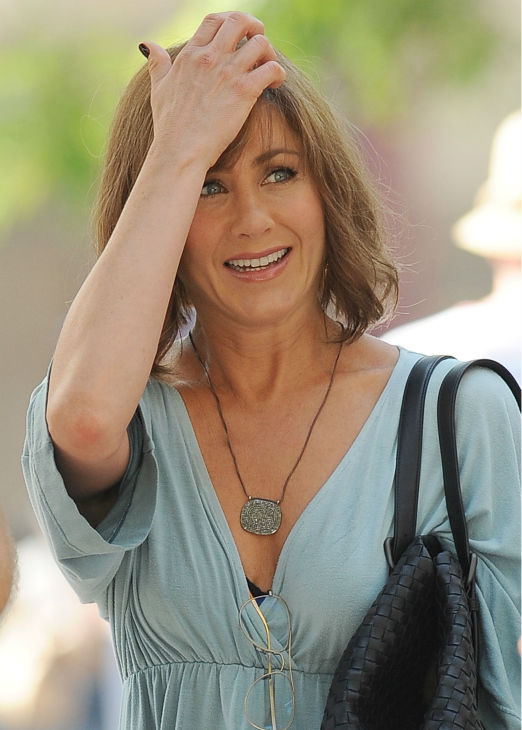 Jennifer Aniston wears a wig on the New York City set of the 2014 movie &#39;Squirrels To The Nuts&#39; on July 17, 2013. <span class=meta>(Humberto Carreno &#47; startraksphoto.com)</span>